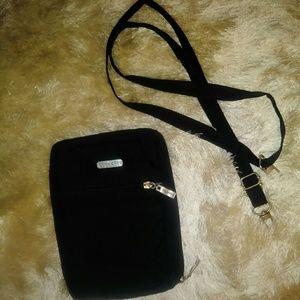 Multiway crossbody bag baggallini black